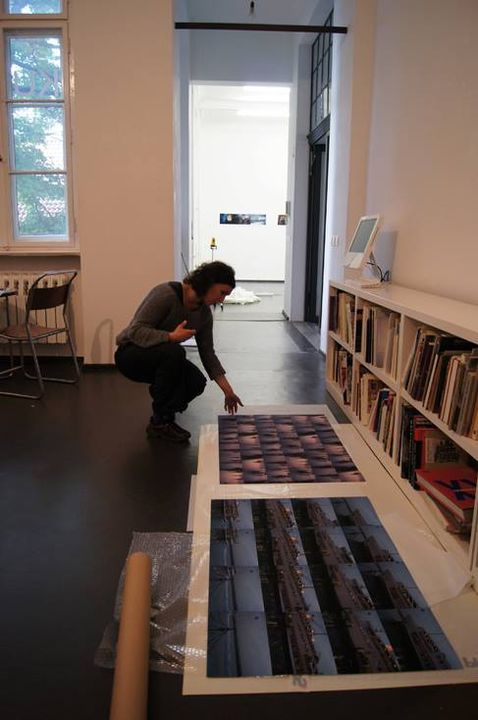 Florence Aigner preparing her show at RE: ....